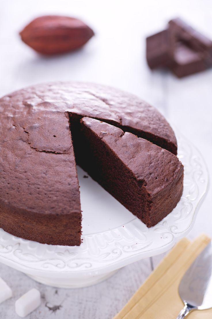 La più semplice, la più buona: #torta al #cioccolato. Prova la nostra versione! ( #chocolate #cake ) #Giallozafferano #recipe #ricetta #breakfast