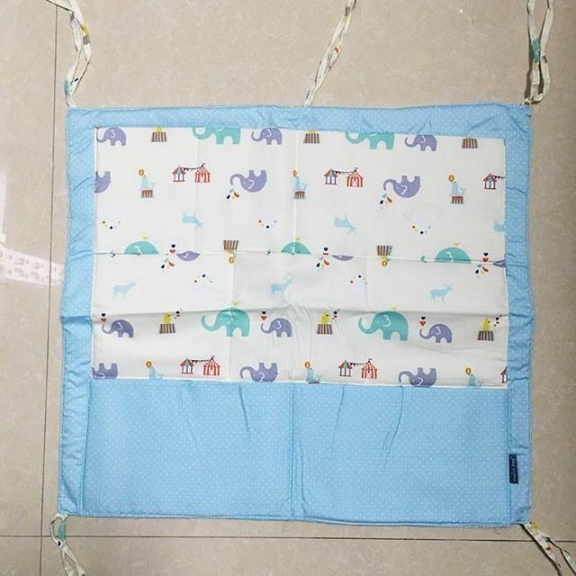 Baby Cot Bed Hanging Storage Bag Cotton Crib Organizer,Toy Diaper Pocket for Crib Bedding Set 52*58cm