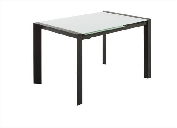 Mesa de comedor funcional y adaptable a tus espacios y usos. Sistema extensible. Hasta 8 comensales. Disponible en otras medidas y acabados.. Mesa extensible de líneas simples y rectas, con un acabado único. Extensible de cristal.