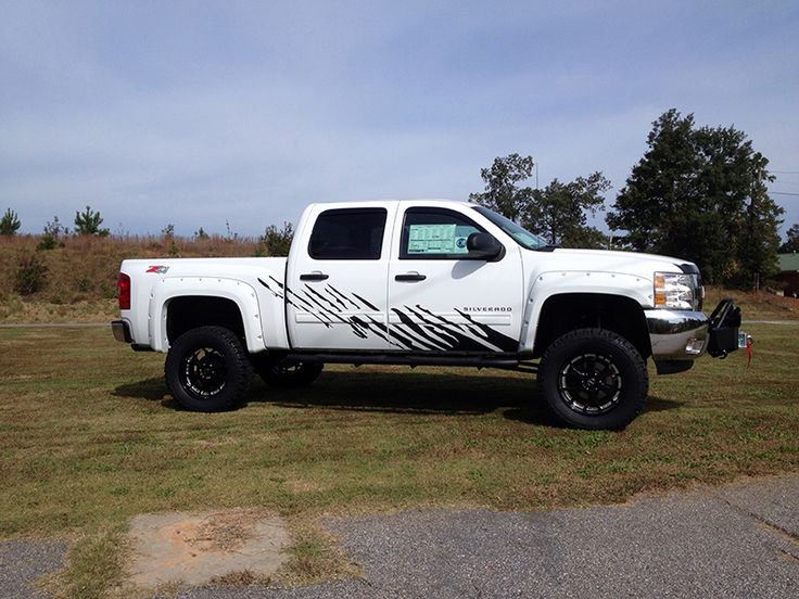 Lifted White Silverado 2014