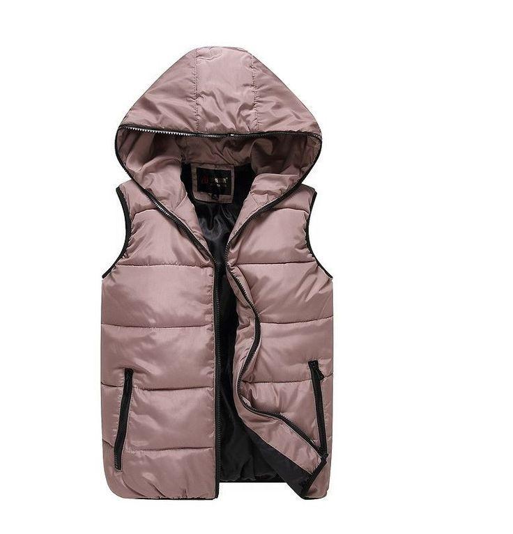 Podzimní zimní teplá pánská vesta na zip khaki – Velikost L Na tento produkt se vztahuje nejen zajímavá sleva, ale také poštovné zdarma! Využij této výhodné nabídky a ušetři na poštovném, stejně jako to udělalo …