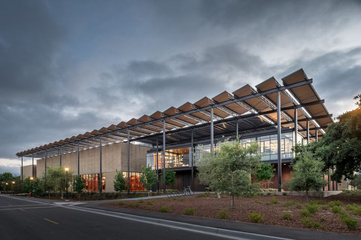 The American Institute of Architects (AIA) and its Committee on the Environment (COTE) have named the recipients of the 2017 Top Ten Awards,...