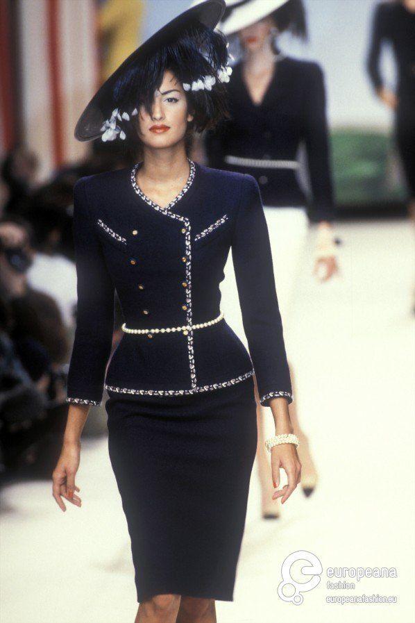 Yasmeen Ghauri - CHANEL, Spring-Summer 1995, Couture