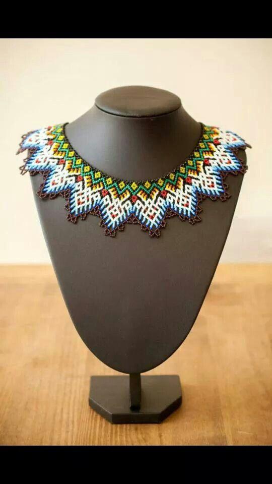Collar Huichol Mexicano colores