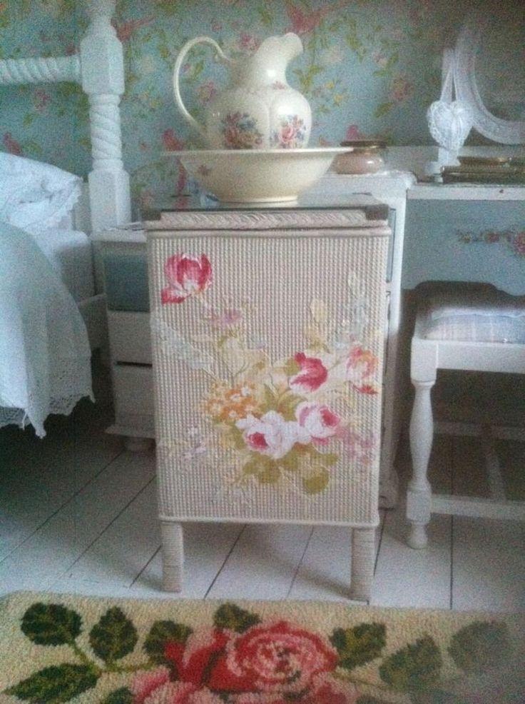 Pretty Lloyd loom ? Linen Basket, Laura Ashley Paint & Material