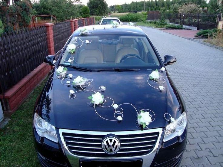 Svadobná výzdoba na auto s ratanom biela