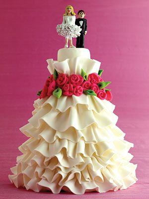 Pretty Ruffles Wedding Cake