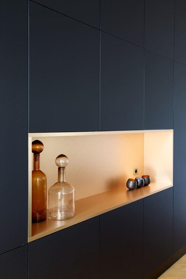 les 25 meilleures id es de la cat gorie placard mural sur. Black Bedroom Furniture Sets. Home Design Ideas