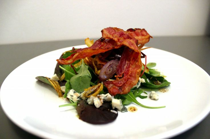 Recipe of liquoriced bacon salad with blue cheese by foodemperor.com