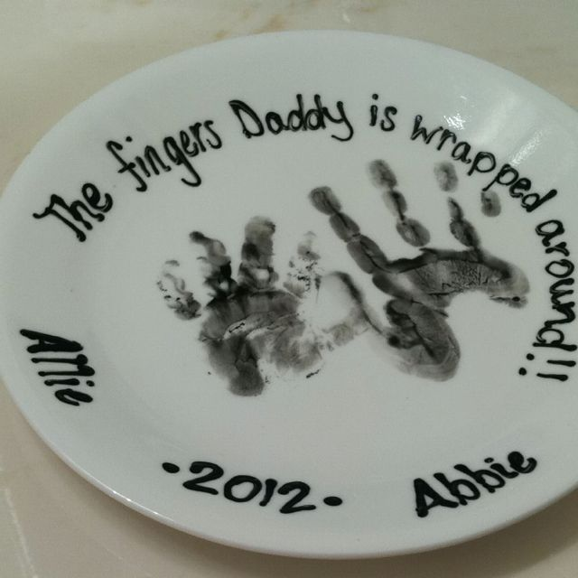 Happy Father's day from daughters to dad! All you need is a plate, paint, paint brush, Mod Podge, and kids. Clean plate, paint kids hands, apply to plate. Allow to dry, and brush plate with Mod Podge. It is milky white and dries clear. Allow to dry and your done. You can add wording of desired.