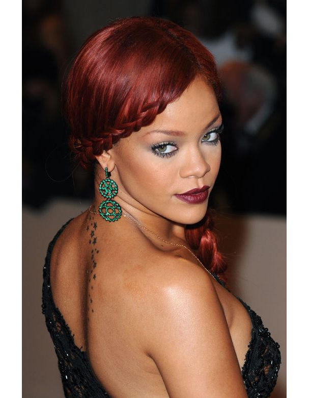 couleur de cheveux rouge rihanna riri pinterest rouge and rihanna. Black Bedroom Furniture Sets. Home Design Ideas