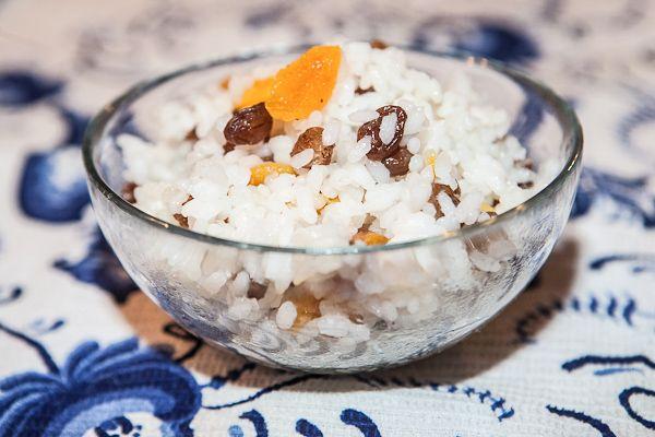 Kutia (Russian Traditional Sweet Grain Porridge)