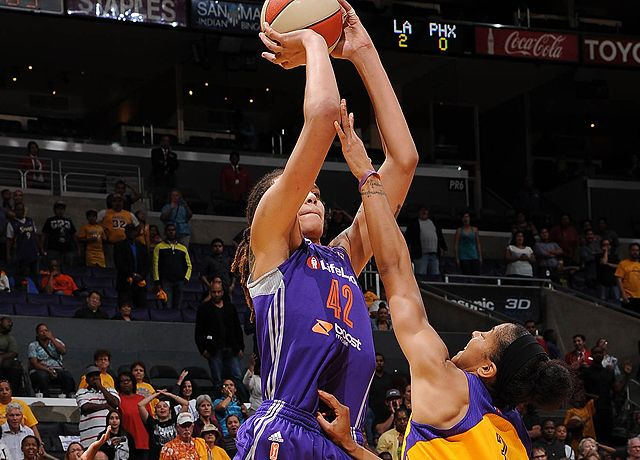 Mercury by a Nose!  Brittney Griner's jumper in the closing seconds pushed the Mercury past the Sparks 78-77 in a decisive Game 3 Monday.