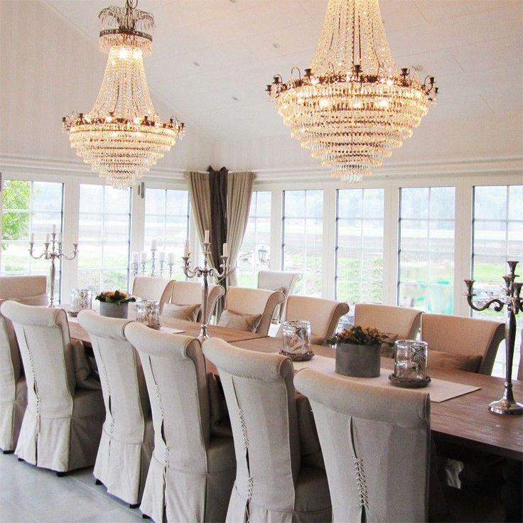 Läckö är en fantastisk lampa som lyser upp rummet med ett magiskt sken. Prismorna på armaturen håller högsta kvalité.https://buff.ly/2yqE4aO?utm_content=buffer3daaf&utm_medium=social&utm_source=pinterest.com&utm_campaign=buffer