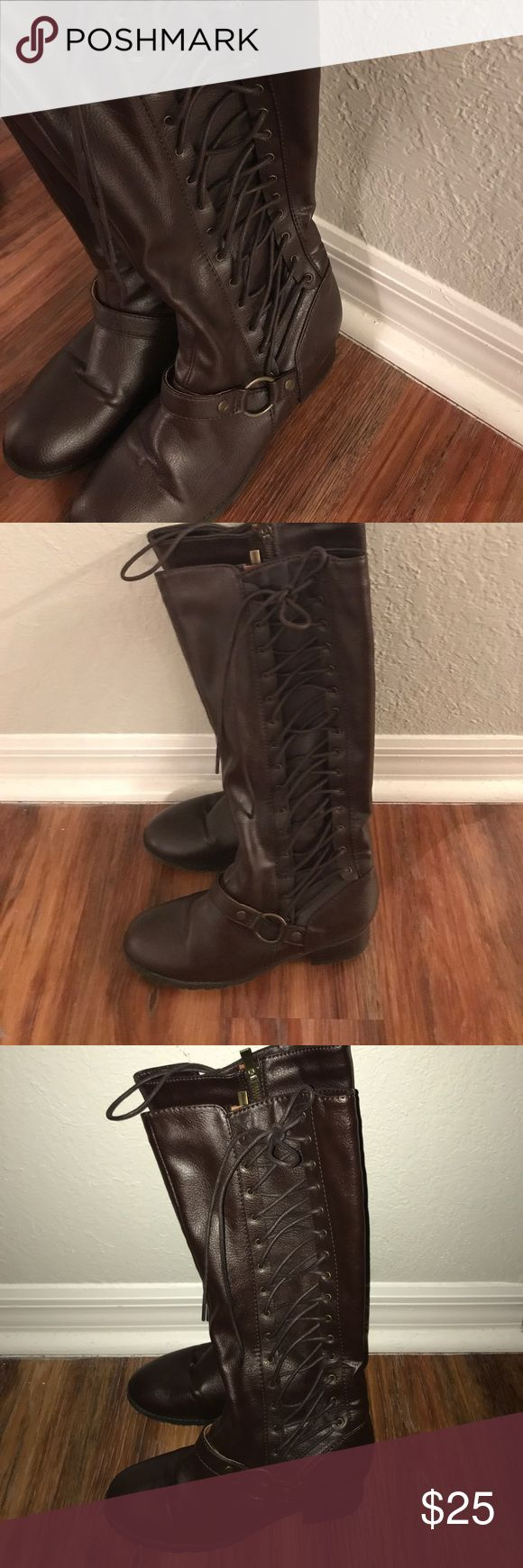 "Colin Stuart boots with detail Colin Stuart boots pleather brown boots. Size 6.5. Detail lace up on the outside and zipper on the inside. Never worn. 1"" heel. Colin Stuart Shoes Heeled Boots"