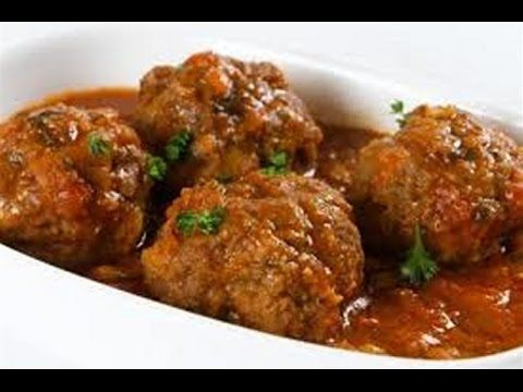 "After the music introduction the video begins on how to make this recipe. ""Indian Lamb Meatballs in Yogurt Sauce Recipe"" ""Recipes of India"""