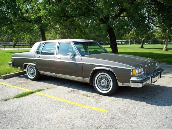 '83 Buick Electra Park Ave w/ nice thick whitewalls! pretty close to my moms car....