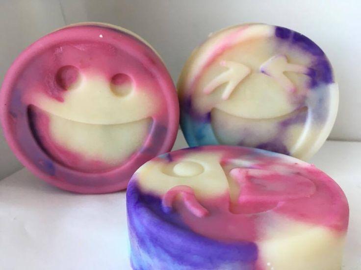 Smiley soap - vattacukor illat :-) szeretem