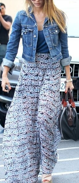 Maxi + denim jacket.- My two favorites on ladies in 1 picture! Made my day