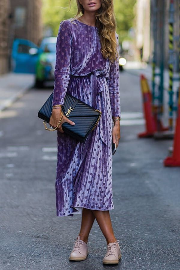 '90s Alert: How to Wear Velvet This Fall via @PureWow