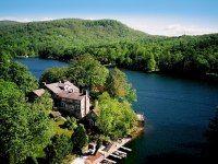 Lake Toxaway: North Carolina Resorts