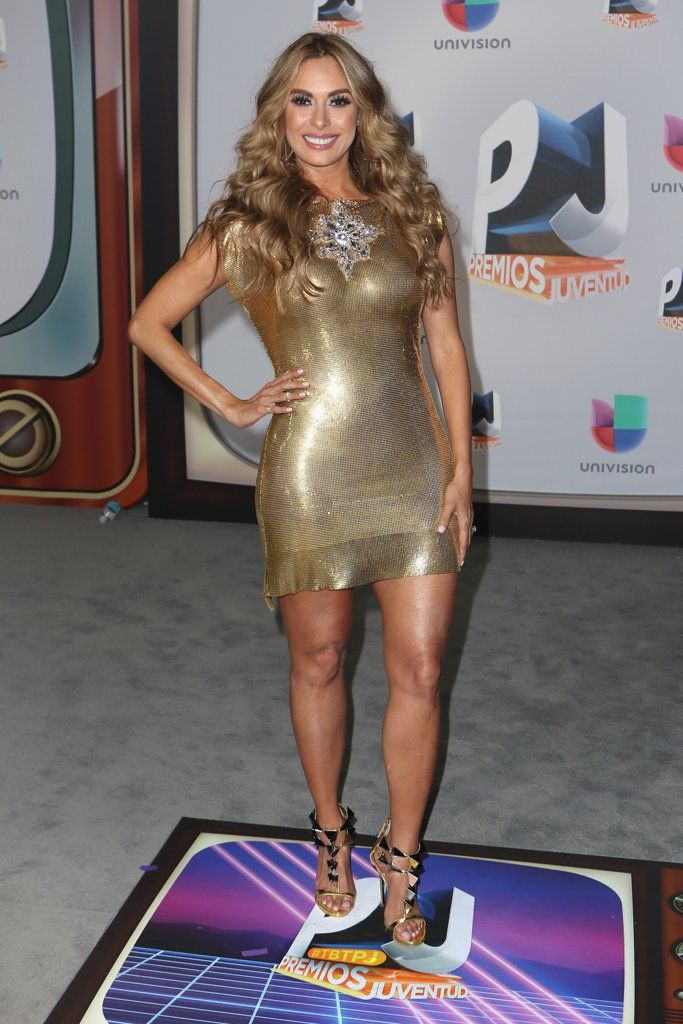 You can't have a Latin award show without seriously sizzling red carpet looks from the hottest celebrities, like Galilea Montijo