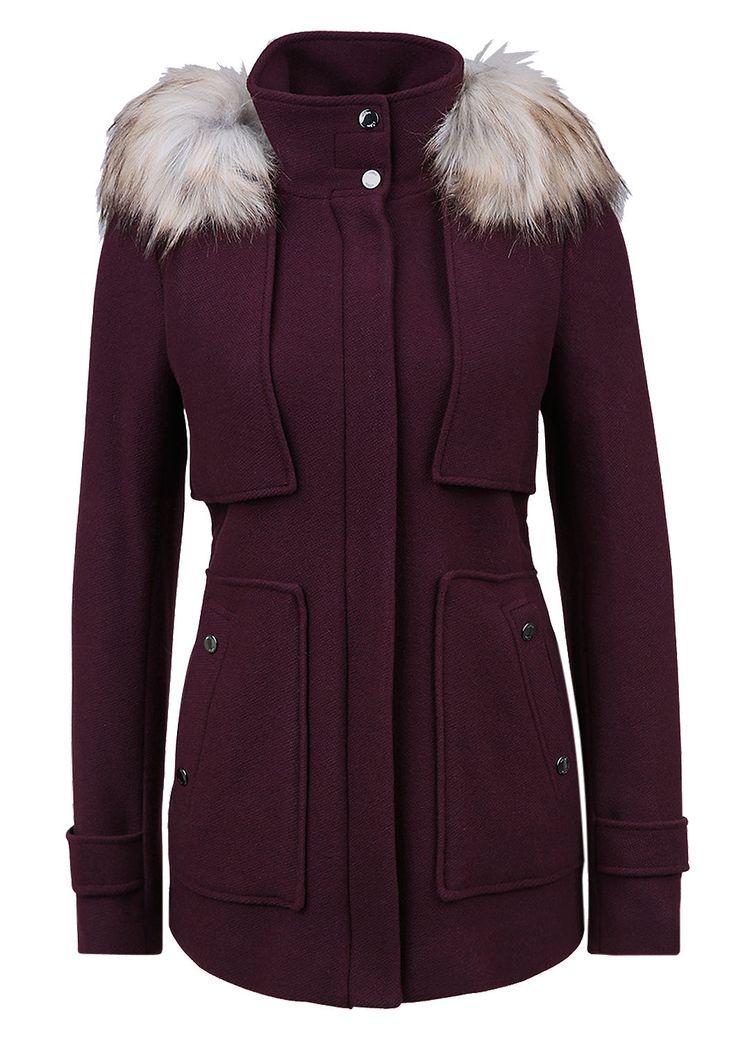 Wolljacke mit Fake Fur-Detail von s.Oliver. Entdecken Sie jetzt topaktuelle Mode für Damen, Herren und Kinder online und bestellen Sie versandkostenfrei.