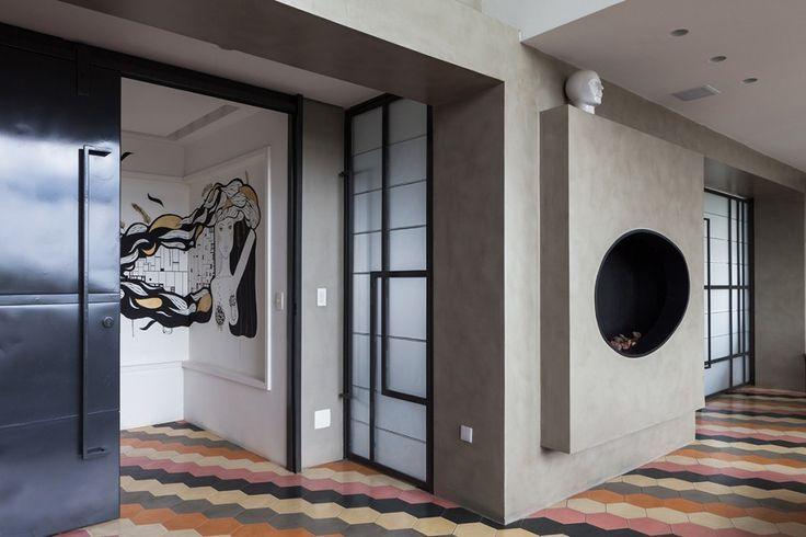 #excll #дизайнинтерьера #решения Благодаря своему орнаменту и краскам он вносит динамизм в интерьер благодаря зигзагу и эффекту повторения.