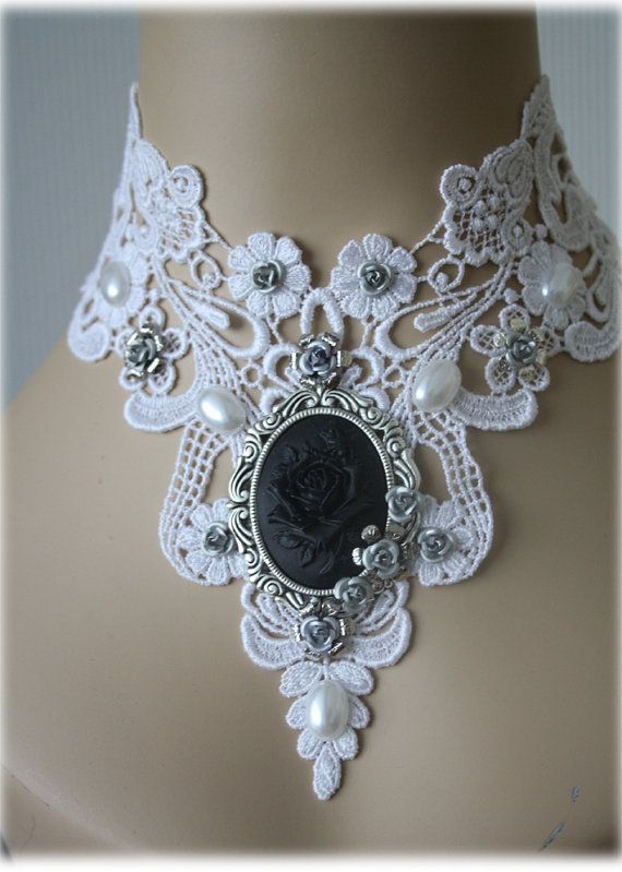 Gothic choker - Cameo Choker - Victorian Choker Supersize - real eyecatcher white black silver baroque ornate flowers rose                                                                                                                                                                                 Mais