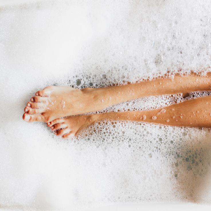 Natural Magnesium bath flakes vs Epsom Salts. What's the