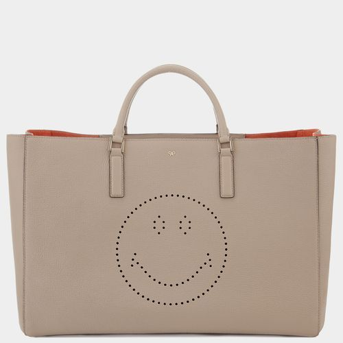 Smiley Maxi Featherweight Ebury Anya Hindmarch of course!