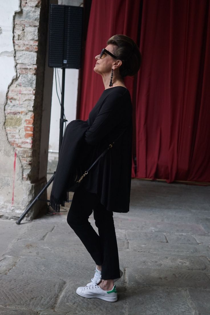 """Costanza Pascolato, a """"papisa da moda"""", sempre foi estilosa. Aqui eu, sua filha, analiso como este se desenvolveu no tempo e nos últimos anos."""
