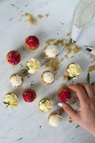 Mini Festive Cupcakes