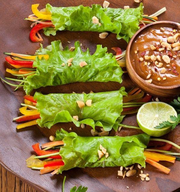 Si vous souhaitez un apéro léger, voici une recette parfaite pour vous régaler : Légumes roulés et sauce cacahuète ! La recette ici : http://www.bonduelle.fr/recettes/legumes-roules-et-sauce-cacahuete #SurprenezVous et #regalez vous avec #Bonduelle #recettes #cuisine #food #recipes #cooking #apero