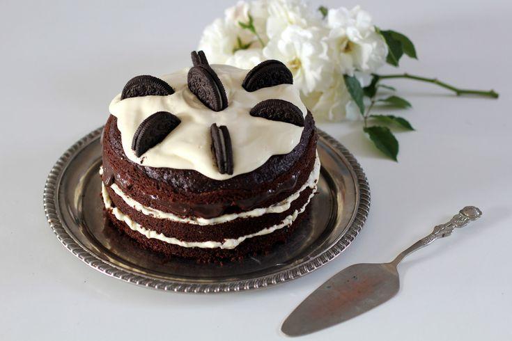 Kitchen Custom: naked cake Oreo - veja a receita e aprenda a fazer esse bolo lindo!