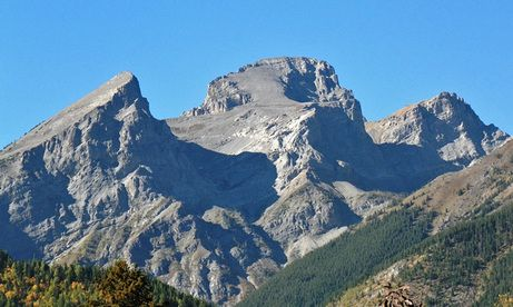 Surrounded by mountains, Fernie in British Columbia affords spectacular scenery in every direction. The Three Sisters are also sometimes known as Trinity Mountain. For more: www.elinorflorence.com/blog/somme-casualty.