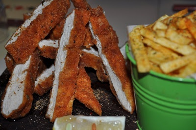 On Athens: Kozi's: Crispy Chicken with Spicy Mayo