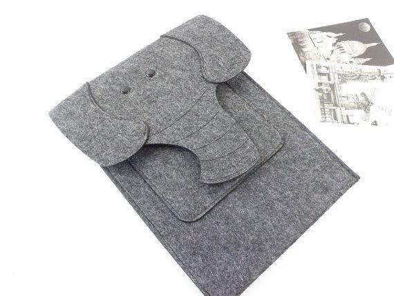 Felt 15 inch Macbook Pro sleeve Macbook sleeve 15 by FeltSJie