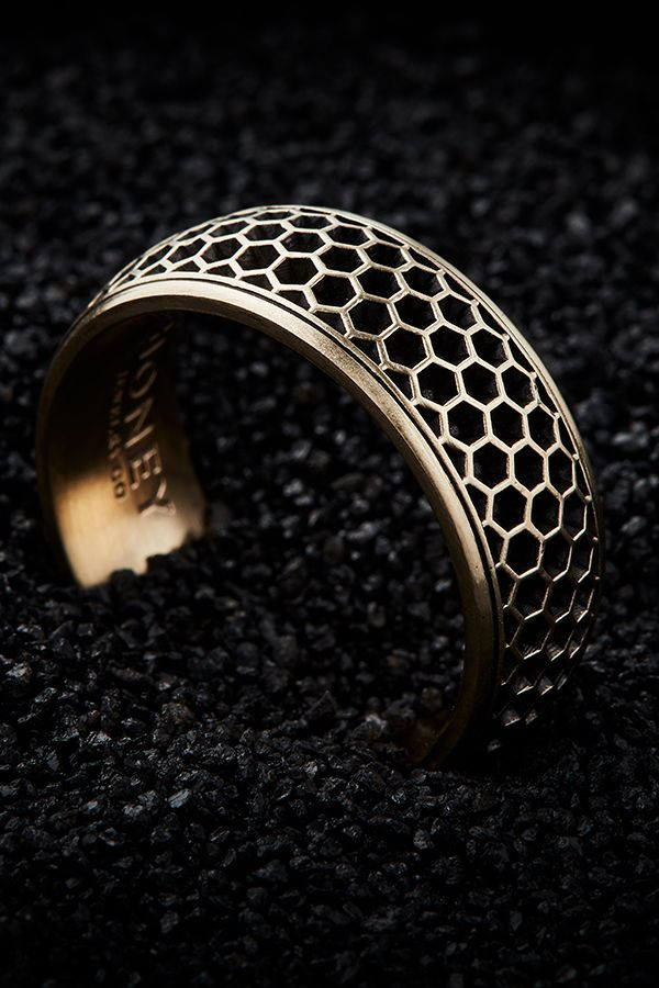 Men S Honeycomb Wedding Band 8 5mm Rings For Men Unique Mens Rings Unique Rings
