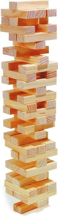 Bei diesem beliebten Geschicklichkeitsspiel sind starke Nerven gefragt. Hier geht es darum, die Holzbausteine möglichst geschickt aus dem Turm zu ziehen, ohne dass dieser einstürzt. Dies sorgt für spannende Momente und stellt die Geduld der Spieler auf die Probe. Baustein ca. 8 x 2,5 x 1,5 cm