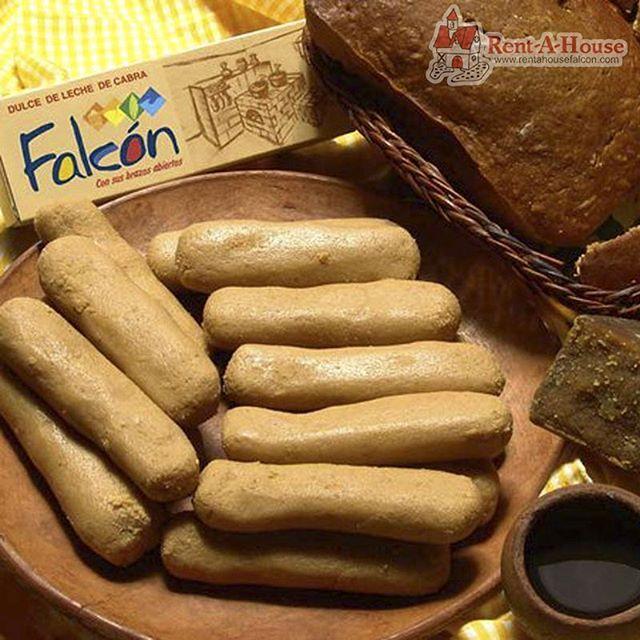 Por esos dulces que saben a Falcón y que te recuerdan que somos herederos de una tierra de gente guerrera, honesta y trabajadora. De la vía Santa Ana, de los Médanos de Coro, de Pueblo Nuevo, de la Cruz de Taratara, de Buena Vista y Tacuato y además del dulce de leche y las paledonias. ¡Eso nos une, eso nos identifica❤! Por eso y más es que  Falcón ⏩#LoTieneTodo🌵.  .   #EdoFalcon #Venezuela #AsesorInmobiliario #RentAHouse