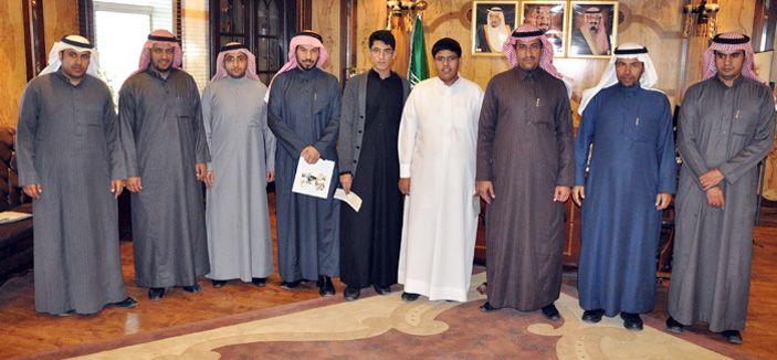 مدينة الملك عبدالعزيز تدعم بحثي طالبين بالزلفي شبكة سما الزلفي Fashion Academic Dress Dresses