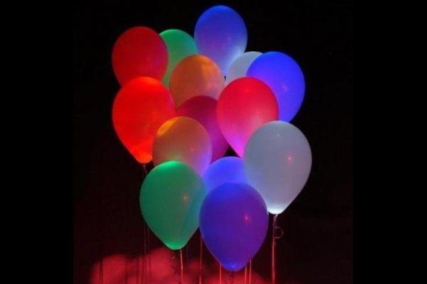 Stick glow sticks in balloons to make them glow!   Glow in the Dark: 15 Neon Birthday Party Ideas - ParentMap