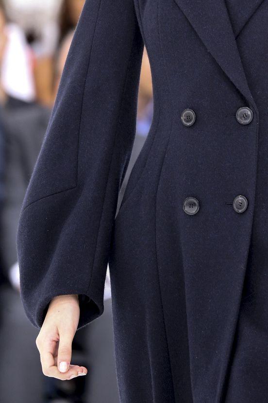 Christian Dior #manteau #details #coutures #manche #pinces