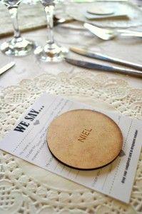 Table decor - 'underplates'
