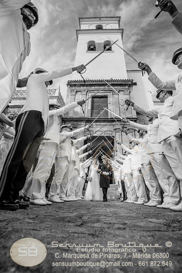 Sensuum Boutique © #Merida #boda #sensuum #madrina #Meridafotografos #fotoartistica #romantico #fotografodeboda #siquiero #apasionarte #enamorarte #love #alianzas #fotooriginal #Extremadura #wedding #amor #Almendralejo #Badajoz #Gema&Jose #militar #SantaMaria #bodaartistica #Marinero #bodaschic #Meridadeboda #Meridawedding #vintage #bodavintage #blanco #espadas #novio #novia #enlace #artisticwedding #emocionarte #fotoperiodismoartistico sensuumboutique@gmail.com Tlf.+034661872649