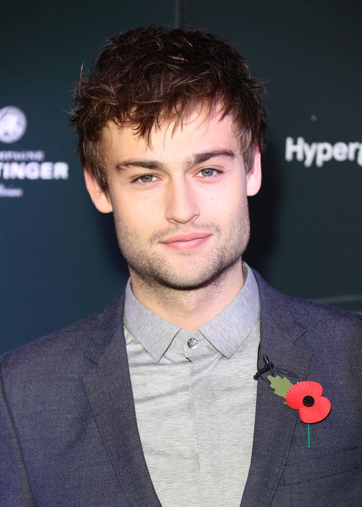 A sharp-looking Douglas Booth, in Emporio Armani, attended the nominations announcement for the British Independent Film Awards 2016 in London earlier today.