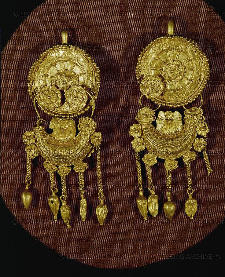 Two gold earrings (380-350 BCE) with ornaments. Treasure of Vraca.  Thracian Hist.Distric Museum,Vraca,Bulgaria