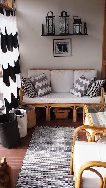 Liljan Lumo: Rag rug for the greenroom floor. Viherhuoneen räsymatto made and designed by Liljan Lumo/ Tiina Lilja
