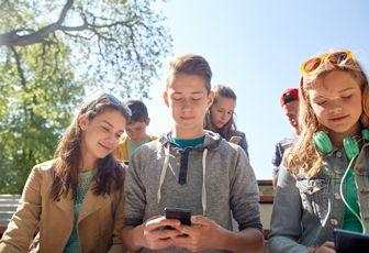 Hvorfor må man være 13 år for å bruke sosiale medier?